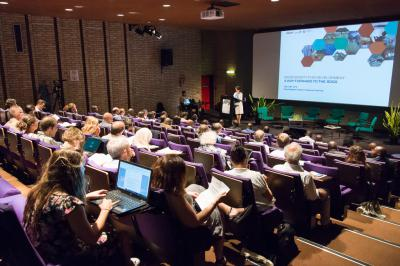Opening of the colloquium by Ms. Pisani, Managing Director of RBINS. (Photo: RBINS/T. Hubin)